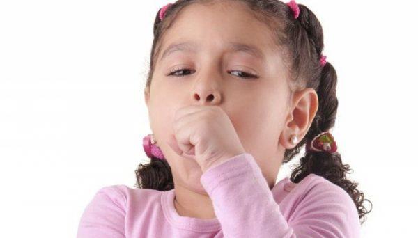 Часто кашель у детей родители не могут распознать как один из симптомов появления аскарид