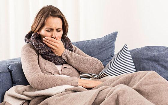 Во время заболевания корью, осложнение пневмонией может носить очень тяжелый характер