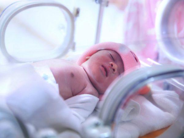 Для новорожденных, которые болеют только тяжелой формой, заражение столбняком может закончится фатально