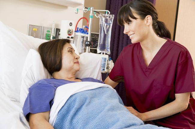У пациентов, принимающих кортикостероиды, амебиаз может привести к тяжелым осложнениям