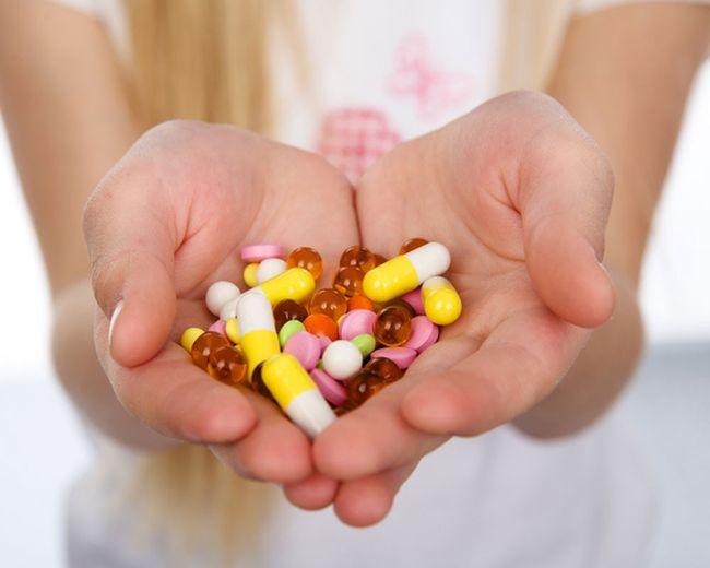 Для избавления от коклюшной палочки обязательно нужно принимать антибиотики