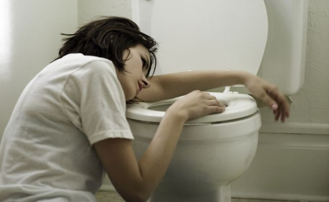 Инкубационный период ботулизма может занимать от нескольких часов до пяти суток