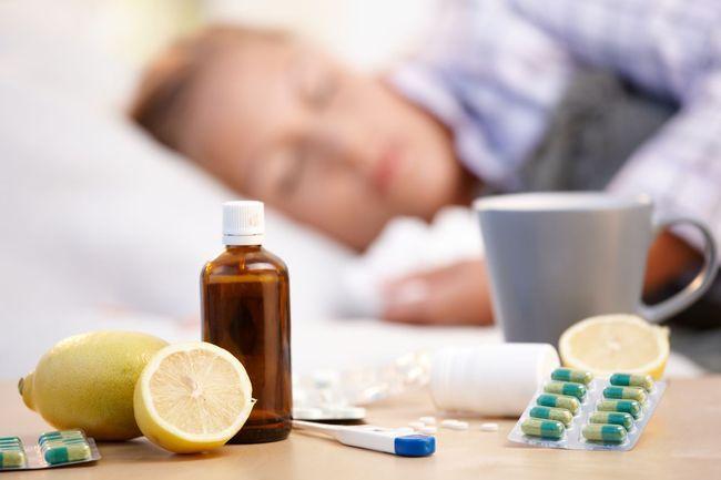 Чаще всего лечение ОРЗ происходит в домашних условиях