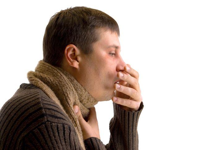 При заболевании птичьим гриппом, спустя несколько дней начинается поражение нижнего отдела системы дыхания