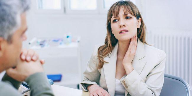 При фолликулярной ангине необходимо проходить полный курс лечения, не бросая его после ослабевания заболевания