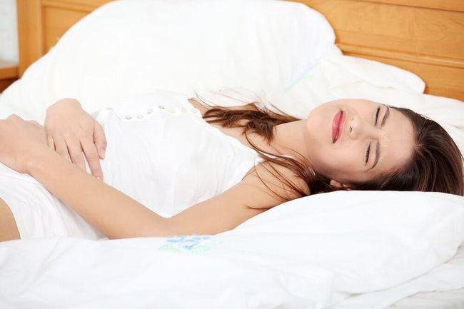 У женщин в результате повышения показателя эшерихии коли в моче часто возникает цистит