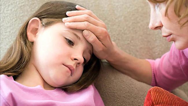 При сильном иммунитете, болезнь может протекать в виде слабых местных воспалительных реакций или же может носить бессимптомный характер. При слабом иммунитете, патология распространяется по кишечнику и через систему кровообращения может дойти до любого органа