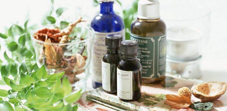 Эфирные масла, мята, ваниль - все эти природные средства эффективно защищают от надоедливых комаров
